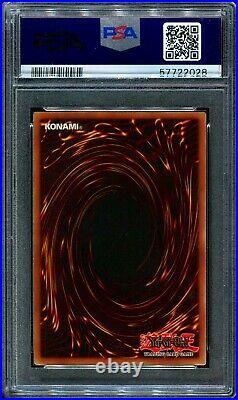 2002 Yugioh Blue-Eyes White Dragon SDK-001 1st Edition Near Mint PSA 7 MISLABEL