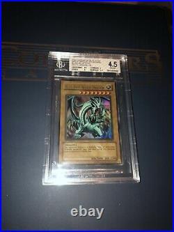 BGS 4.5 Blue Eyes White Dragon LOB-001 1st Edition WAVY