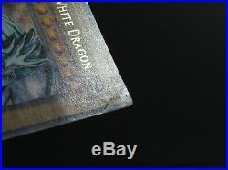 Blue-Eyes White Dragon 1st Edition LOB-001 English Yugioh Card (Light Played)