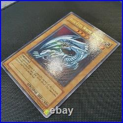 Blue-Eyes White Dragon 1st Edition SDK-001 Yugioh North American