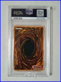 Yu-Gi-Oh 2002 Blue-Eyes White Dragon SDK #001 PSA 9 AMAZING CARD