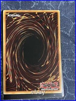 Yu-Gi-Oh! Blue-Eyes Alternative White Dragon GFTP-EN129 Ghost Rare 1st Edition