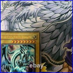 Yu-Gi-Oh Blue-Eyes White Dragon 1st LOB-001 Asian English Ultra Rare Japan FedEx