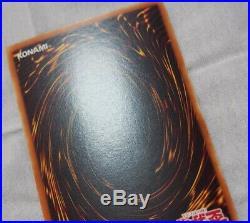 Yu-Gi-Oh Blue-Eyes White Dragon Asian Ultra Rare 1st LOB-001 NearMint-Excellent