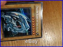Yu-Gi-Oh! Blue-Eyes White Dragon DOR-S001 (DDS Spanish) PRISMATIC RARE