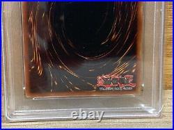 Yu-Gi-Oh! Blue-Eyes White Dragon Starter Deck Kaiba SDK-001 1st Edition PSA 9
