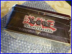 Yu-Gi-Oh Collector's Tin 2002 Blue-Eyes White Dragon NEW SLEALED GEM MINT COND
