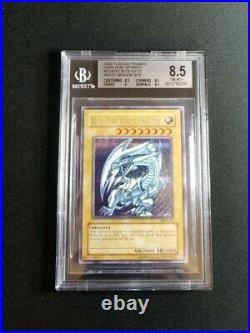 Yu-Gi-Oh! Dark Duel Stories Blue-Eyes White Dragon (DDS-001) Secret Rare BGS 8.5