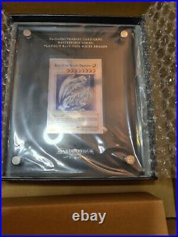 Yu-Gi-Oh TCG PLATINUM Blue Eyes White Dragon (Blanc) Masterpiece SILVER 666/1000