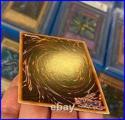 YuGiOh Dark Magician Legend Of Blue Eyes White Dragon Ultra Rare LOB-005