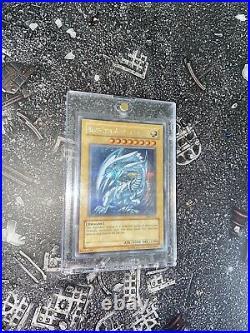 Yugioh DDS Blue-Eyes White Dragon NM Condition