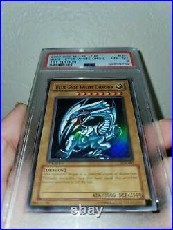 Yugioh PSA 8 NM-MT Blue-Eyes White Dragon SDK-001 1st Edition English Ultra Rare