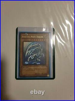Yugioh blue eyes white dragon 1st edition sdk-001